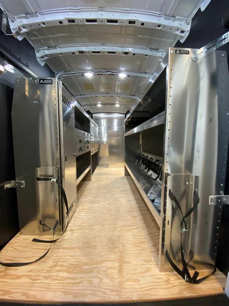 Aménagement Ford Transit 148 Toit Haut